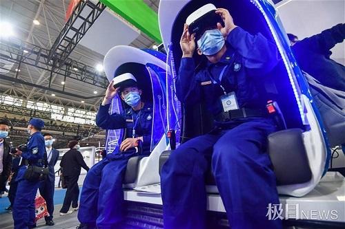 VR互动体验事故现场!首届武汉国际